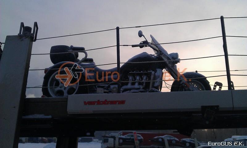 Motorrad, Überführung, Russland