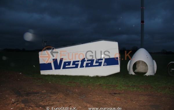 Heavy and oversized transport of a wind turbine Vestas V44