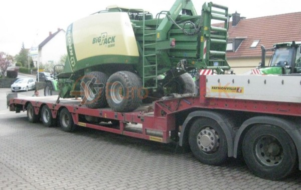 KRONE BigPack 890 XC – Agricultural machinery transports